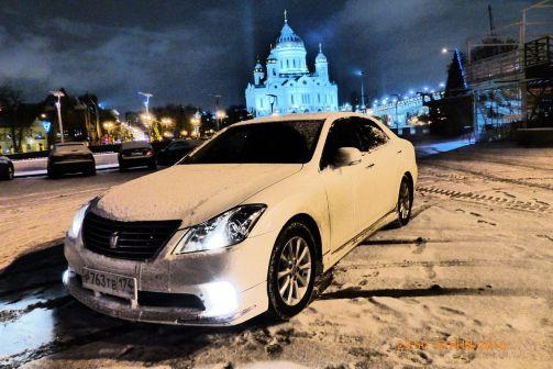 Toyota Crown 2011 - отзыв владельца