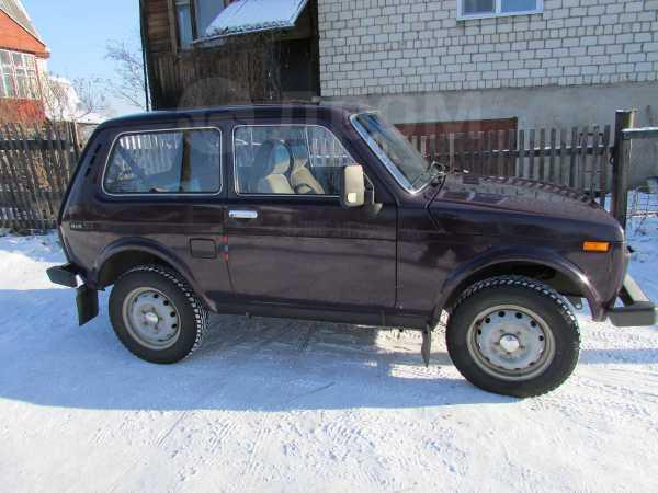 Лада 4x4 2121 Нива, 2002 год, 220 000 руб.