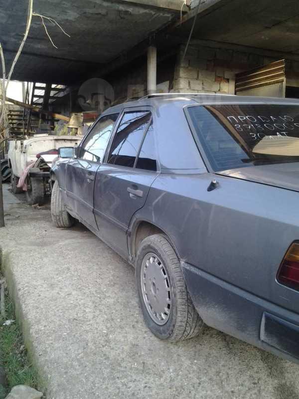 Mercedes-Benz E-Class, 1989 год, 100 000 руб.