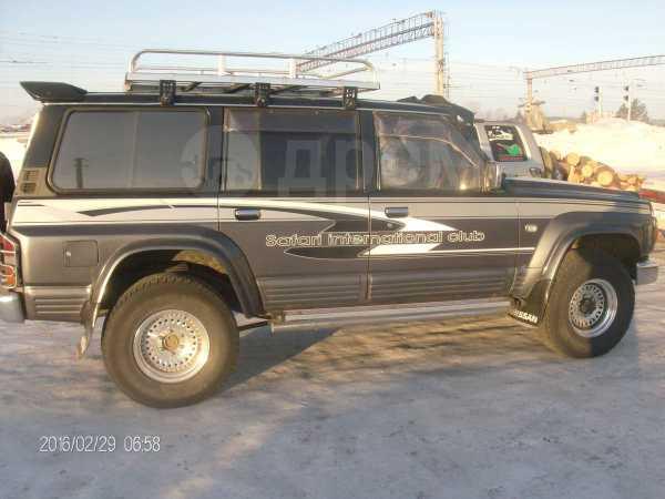 Nissan Safari, 1993 год, 555 555 руб.
