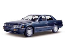 Nissan Laurel 1988, седан, 6 поколение, C33