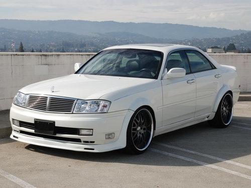 Nissan Gloria 1999 - 2001