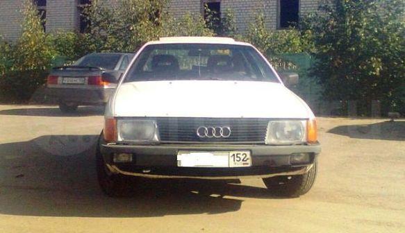 Audi 100 1989 - отзыв владельца