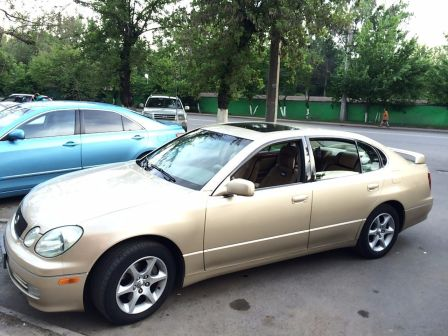 Lexus GS300 2003 - отзыв владельца