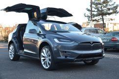 Tesla Model X, 2016