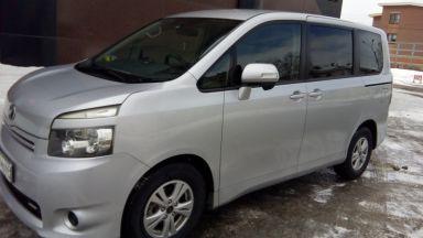 Toyota Voxy 2007 отзыв автора | Дата публикации 23.03.2016.