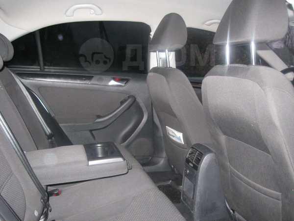Volkswagen Jetta, 2011 год, 650 000 руб.