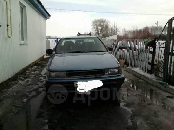 Nissan Bluebird, 1990 год, 80 000 руб.