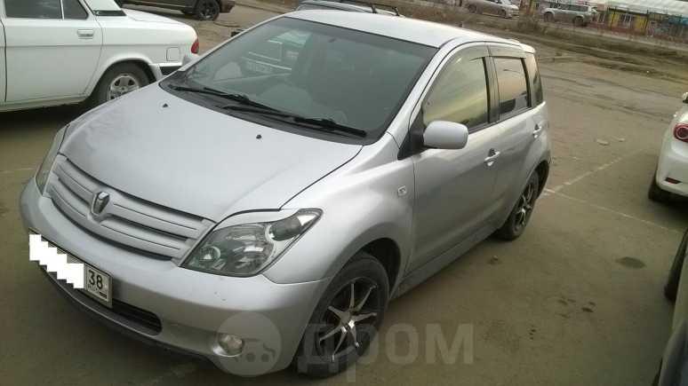 Toyota ist, 2004 год, 299 000 руб.
