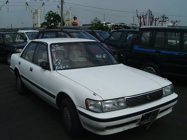 Запчасти toyota crown 1994