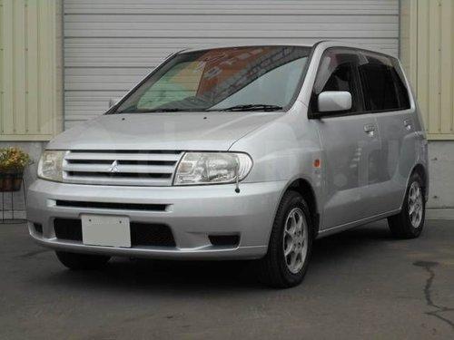 Mitsubishi Mirage Dingo 2001 - 2002