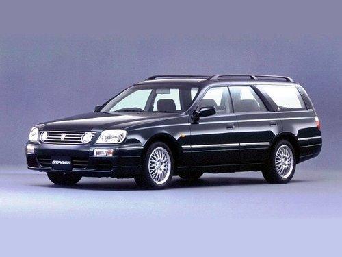 Nissan Stagea 1998 - 2001