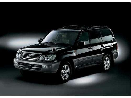 Toyota Land Cruiser Cygnus 2005 - 2007