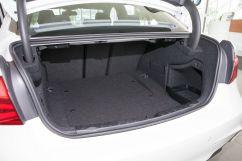 Вместимость багажника, л: 480