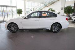 BMW 3-Series 330i AT xDrive (09.2015)