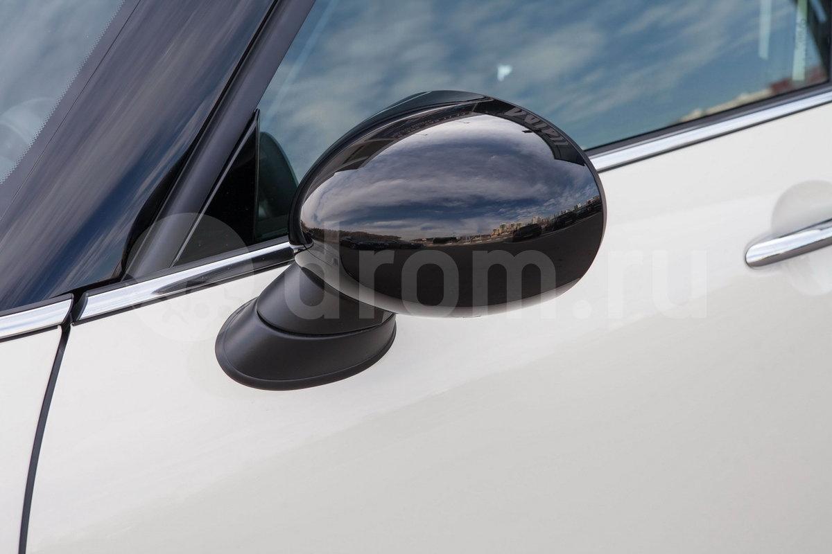 Боковые зеркала в цвет кузова: нет