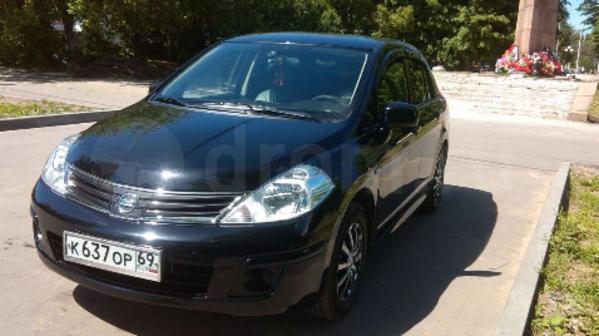 Nissan Tiida 2012 - отзыв владельца