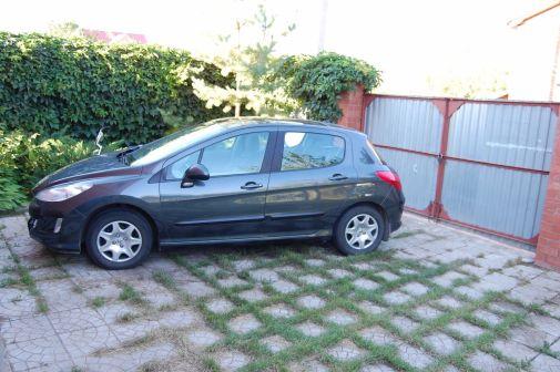 Peugeot 308 2008 - отзыв владельца