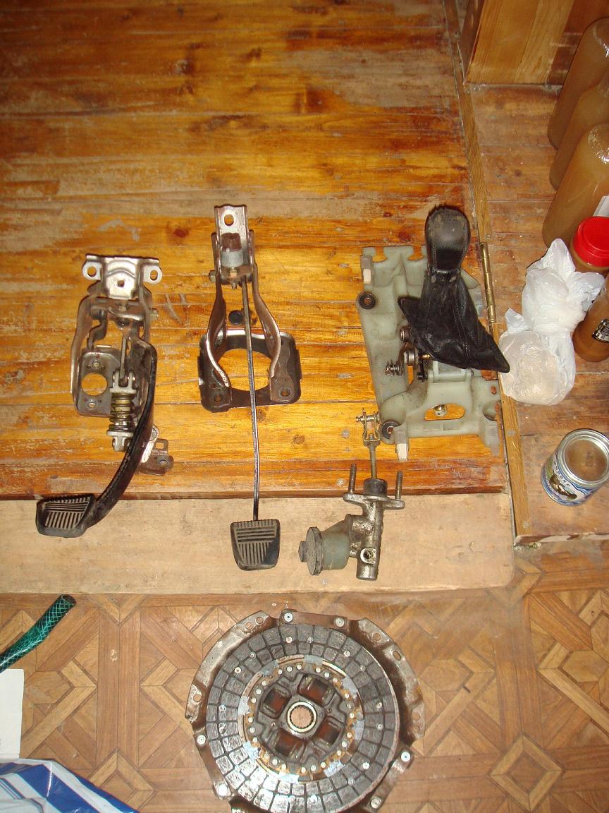 Далее начал собирать свап комплект для перехода на механику.