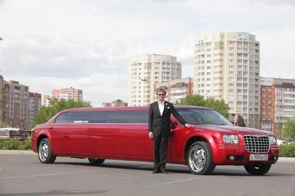 Chrysler 300C, 2011 год, 900 000 руб.
