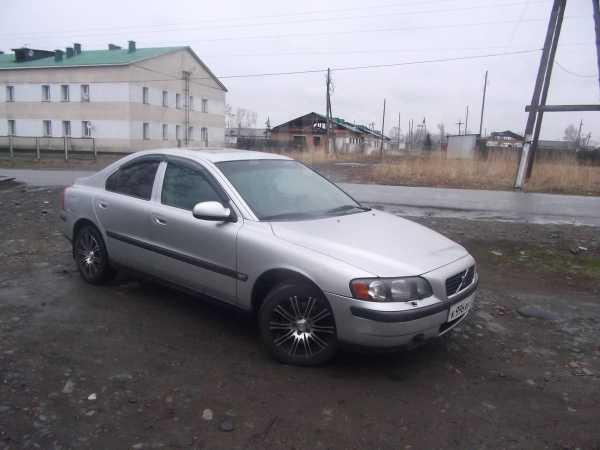 Volvo S60, 2001 год, 350 000 руб.