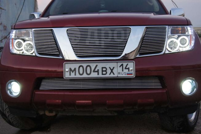 Nissan Pathfinder, 2007 год, 990 000 руб.