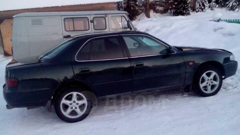 Toyota Camry, 1998 год, 142 000 руб.