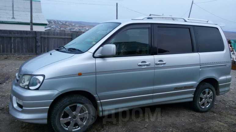 Toyota Noah, 2001 год, 390 000 руб.