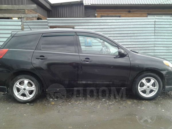 Toyota Matrix, 2002 год, 370 000 руб.