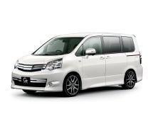 Toyota Noah рестайлинг, 2 поколение, 04.2010 - 12.2013, Минивэн
