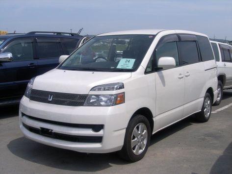 Toyota Voxy R60