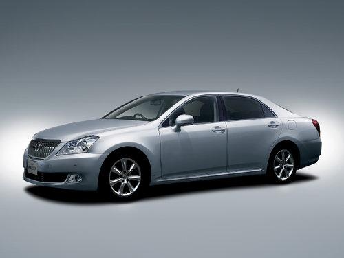 Toyota Crown Majesta 2009 - 2013