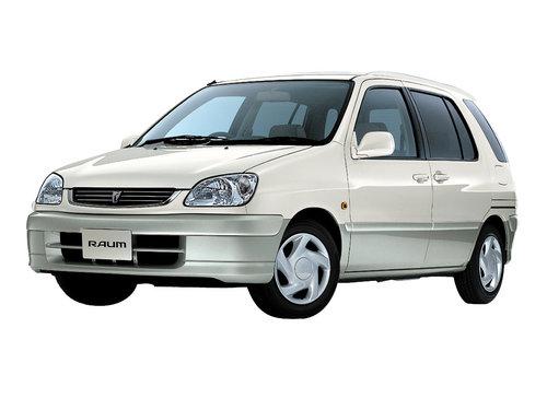 Toyota Raum 1999 - 2003