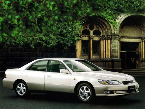 Toyota Windom 1999 - 2001