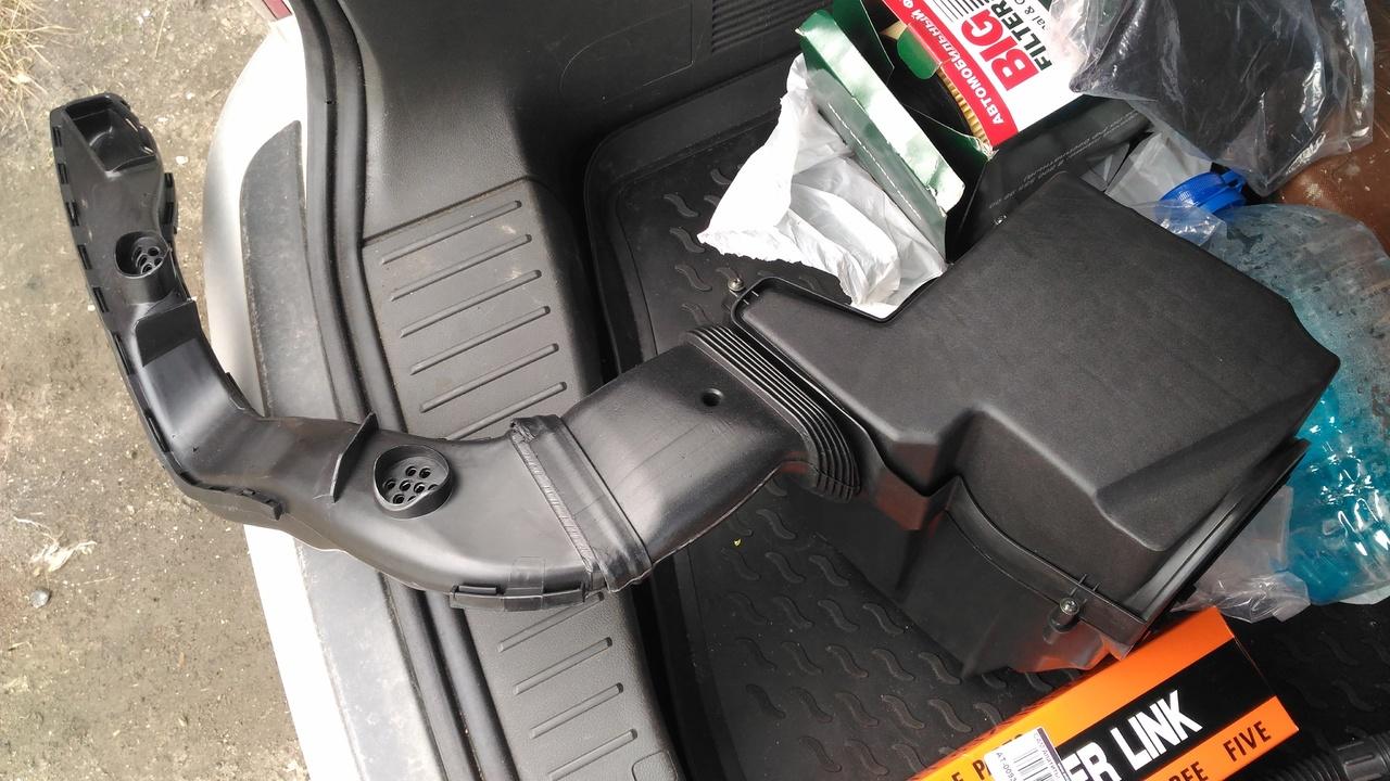 поменять амортизатор ford c-max
