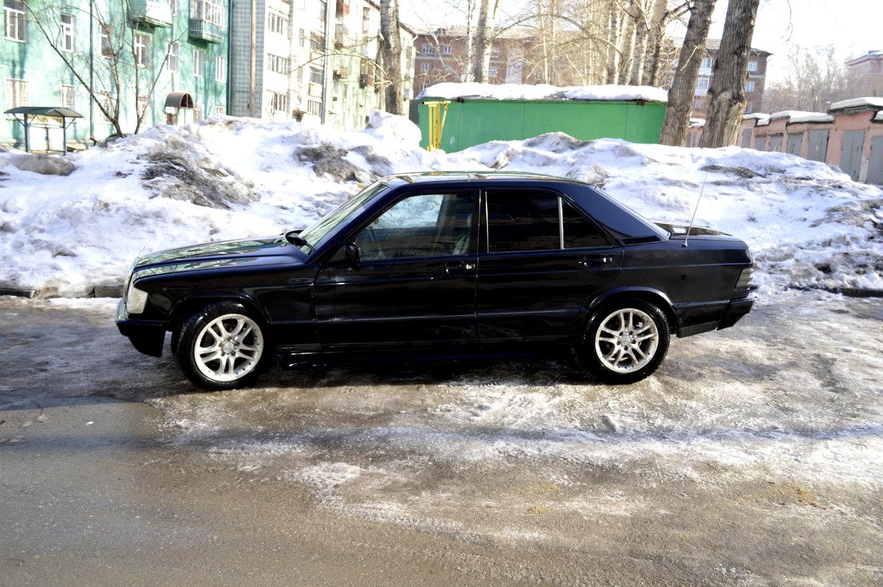 Mercedes benz 190 for Biggest mercedes benz