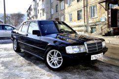 Mercedes-Benz 190, 1985