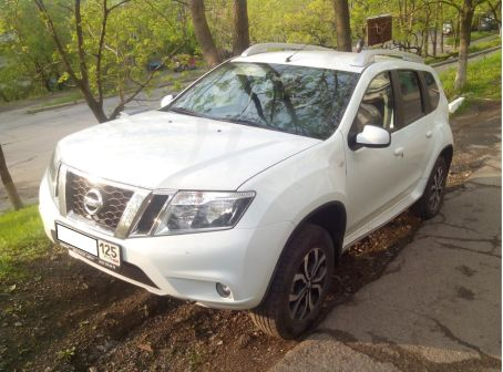 Nissan Terrano 2016 - отзыв владельца