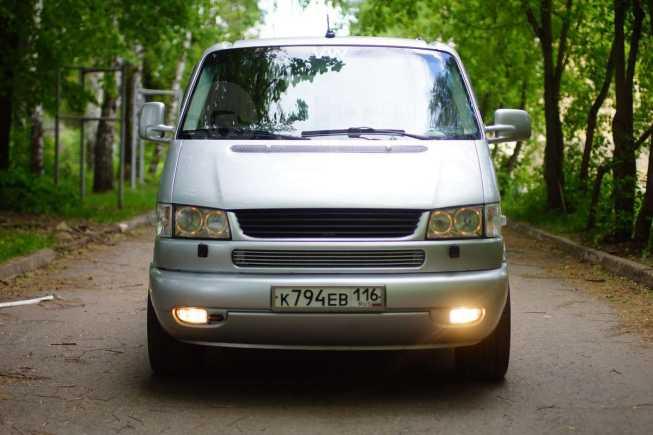 Volkswagen Caravelle, 2003 год, 830 000 руб.
