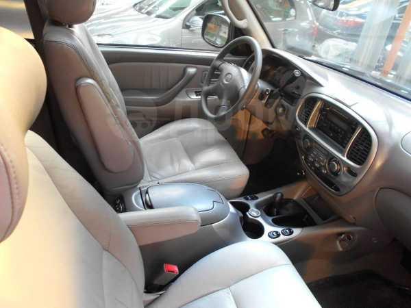 Toyota Sequoia, 2004 год, 100 000 руб.
