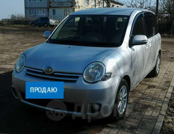 Toyota Sienta, 2007 год, 395 000 руб.