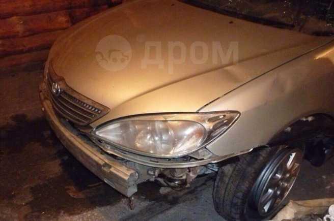 Toyota Camry, 2001 год, 150 000 руб.