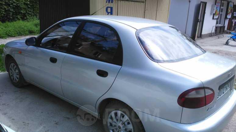 Daewoo Lanos, 2004 год, 200 000 руб.
