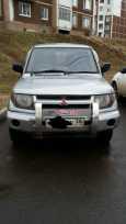 Mitsubishi Pajero iO, 1998 год, 215 000 руб.