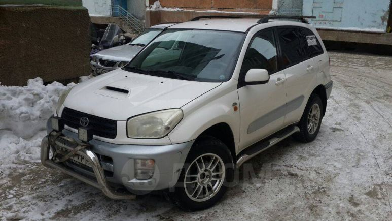 Toyota RAV4, 2003 год, 450 000 руб.