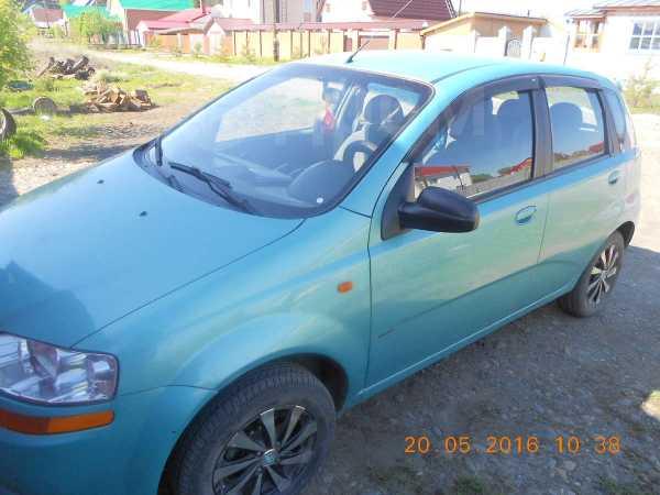 Chevrolet Aveo, 2004 год, 240 000 руб.