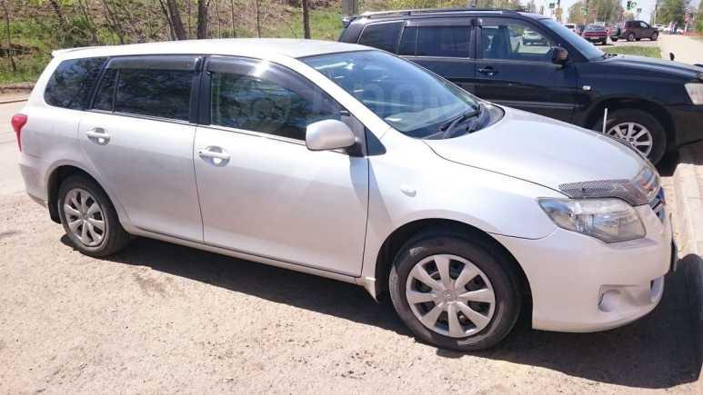 Toyota Corolla Fielder, 2010 год, 650 000 руб.
