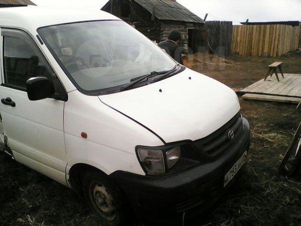 Toyota Town Ace, 2001 год, 140 000 руб.