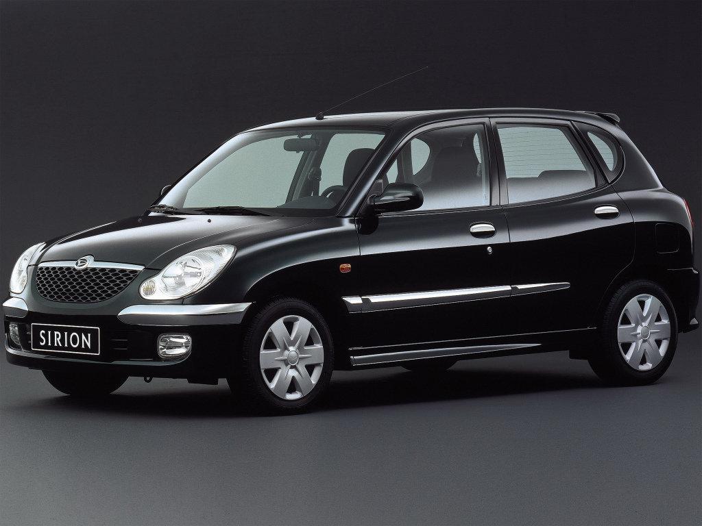 Daihatsu Sirion рестайлинг 2001, 2002, 2003, 2004, хэтчбек ...