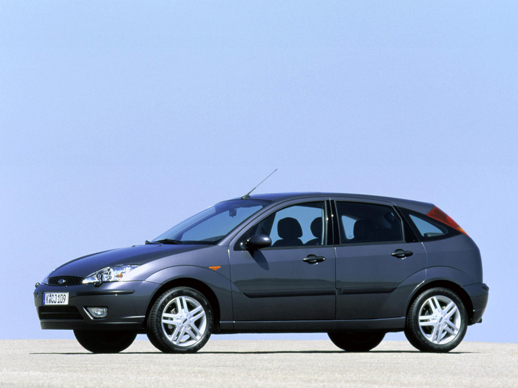 volvo s40 в сравнении с ford focus